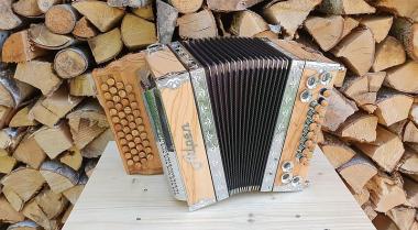 """Steirische Harmonika Alpen Compact """"Olive"""" B es as des"""