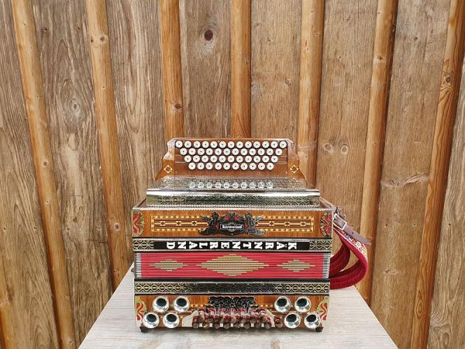 Steirische Harmonika O.R.A F b es as