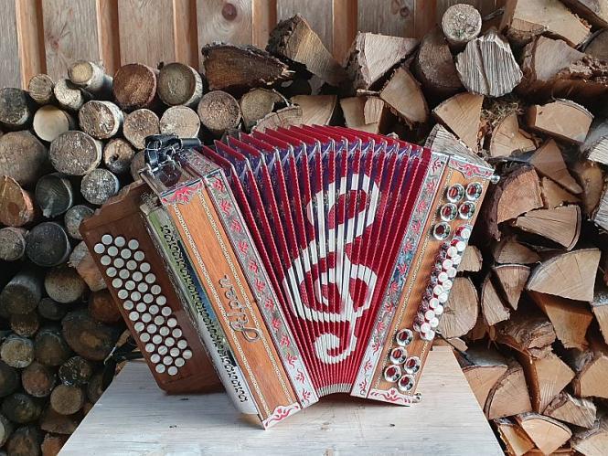 Steirische Harmonika Alpen Modell La Musica Rot G C F B