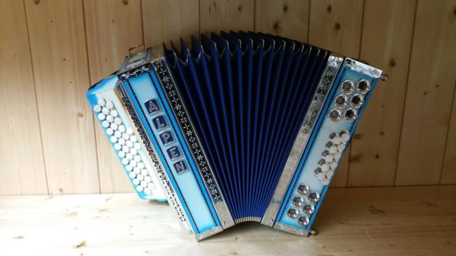 Alpen Showharmonika